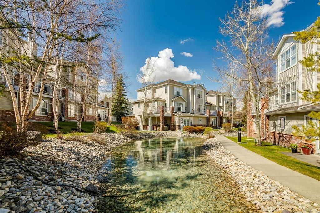Photo 2: Photos: 3201 7171 Coach Hill Road SW in Calgary: Coach Hill Row/Townhouse for sale : MLS®# A1124017