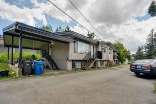 Photo 2: 2317 - 2319 SOUTHDALE Crescent in Abbotsford: Abbotsford West Duplex for sale : MLS®# R2584340