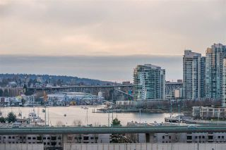 """Photo 19: 1409 1788 COLUMBIA Street in Vancouver: False Creek Condo for sale in """"Epic at West"""" (Vancouver West)  : MLS®# R2392931"""