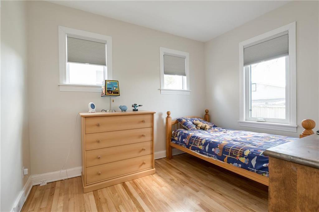 Photo 12: Photos: 292 Renfrew Street in Winnipeg: Residential for sale (1C)  : MLS®# 202010830