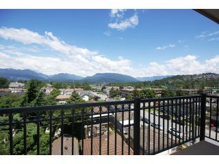 """Photo 11: 405 4365 HASTINGS Street in Burnaby: Vancouver Heights Condo for sale in """"TRAMONTO"""" (Burnaby North)  : MLS®# V1012109"""