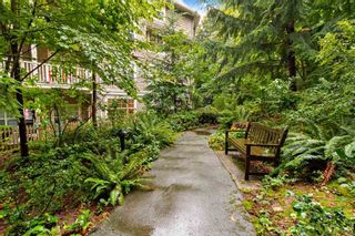 """Photo 19: 205 960 LYNN VALLEY Road in North Vancouver: Lynn Valley Condo for sale in """"Balmoral House"""" : MLS®# R2502603"""