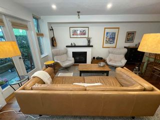 """Photo 2: 3685 W 12TH Avenue in Vancouver: Kitsilano Townhouse for sale in """"TWENTY ON THE PARK"""" (Vancouver West)  : MLS®# R2600219"""