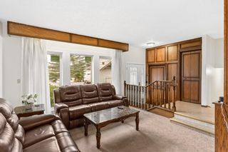 Photo 5: 4 Castlebury Way NE in Calgary: Castleridge Detached for sale : MLS®# A1146595