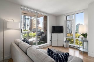 """Photo 6: 808 565 SMITHE Street in Vancouver: Downtown VW Condo for sale in """"Vita"""" (Vancouver West)  : MLS®# R2575019"""