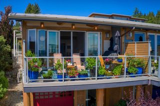 """Photo 2: 6500 WILDFLOWER Place in Sechelt: Sechelt District Townhouse for sale in """"WAKEFIELD BEACH - 2ND WAVE"""" (Sunshine Coast)  : MLS®# R2604222"""