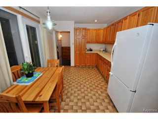 Photo 7: 144 Moore Avenue in WINNIPEG: St Vital Residential for sale (South East Winnipeg)  : MLS®# 1421829