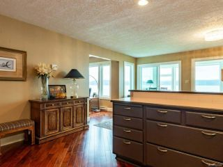 Photo 4: 202 539 Island Hwy in CAMPBELL RIVER: CR Campbell River Central Condo for sale (Campbell River)  : MLS®# 842004
