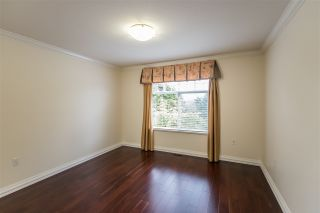 """Photo 9: 12 5201 OAKMOUNT Crescent in Burnaby: Oaklands Townhouse for sale in """"Hartlands on Deerlake"""" (Burnaby South)  : MLS®# R2407575"""