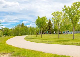 Photo 41: 75 Bay View Drive SW in Calgary: Bayview Detached for sale : MLS®# A1087927