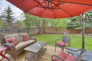 Photo 45: 104 Stratton Hill Rise SW in Calgary: Strathcona Park Detached for sale : MLS®# A1120413