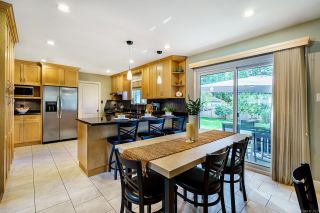 Photo 5: 11721 BLAKELY Road in Pitt Meadows: South Meadows House for sale : MLS®# R2624937