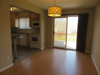 Photo 10: 9 Aspen Drive: Oakbank Single Family Attached for sale (R04)  : MLS®# 1804060