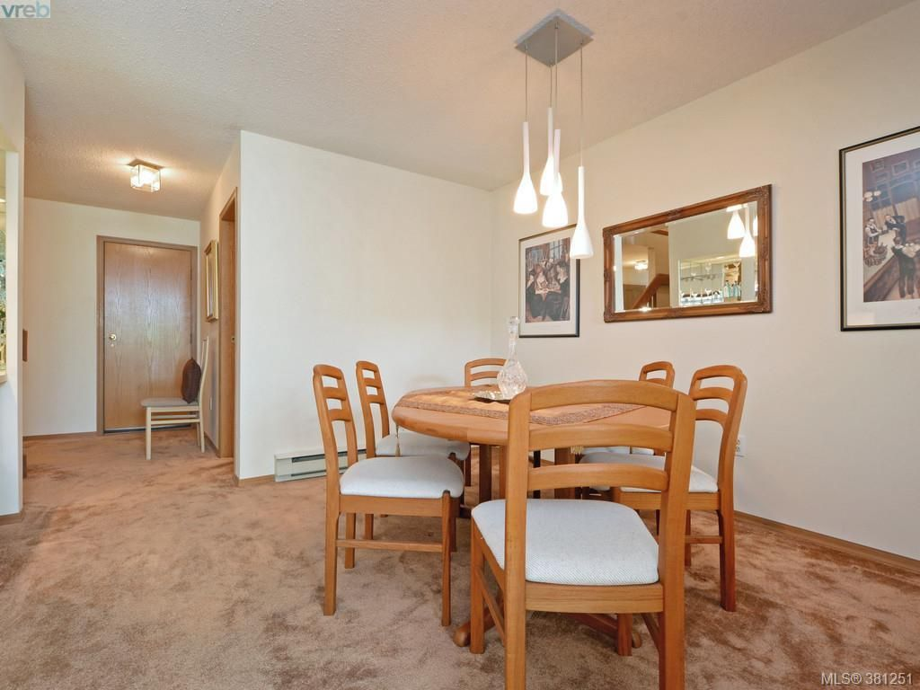 Photo 4: Photos: 26 10457 Resthaven Dr in SIDNEY: Si Sidney North-East Row/Townhouse for sale (Sidney)  : MLS®# 766051