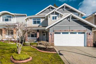 """Photo 1: 20497 67B Avenue in Langley: Willoughby Heights House for sale in """"TANGLEWOOD"""" : MLS®# R2555666"""