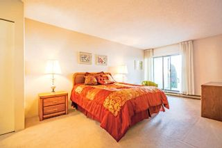 """Photo 8: 3 14045 NICO WYND Place in Surrey: Elgin Chantrell Condo for sale in """"Nico Wynd Estates"""" (South Surrey White Rock)  : MLS®# R2030707"""