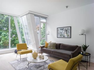 """Photo 1: 208 1477 W PENDER Street in Vancouver: Coal Harbour Condo for sale in """"West Pender Place"""" (Vancouver West)  : MLS®# R2580010"""