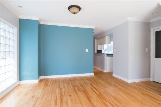 Photo 5: C 136 W 4TH Street in North Vancouver: Lower Lonsdale Townhouse for sale : MLS®# R2454273