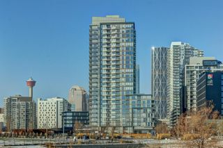 Photo 1: 2401 615 6 Avenue SE in Calgary: Downtown East Village Apartment for sale : MLS®# A1070605