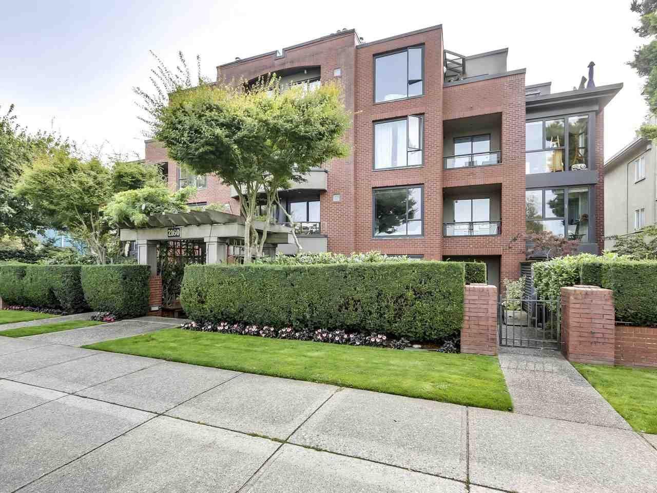 Main Photo: 203 2160 CORNWALL Avenue in Vancouver: Kitsilano Condo for sale (Vancouver West)  : MLS®# R2534768