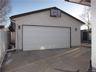 Photo 16: 968 Kimberly Avenue in Winnipeg: East Kildonan Residential for sale (North East Winnipeg)  : MLS®# 1608068