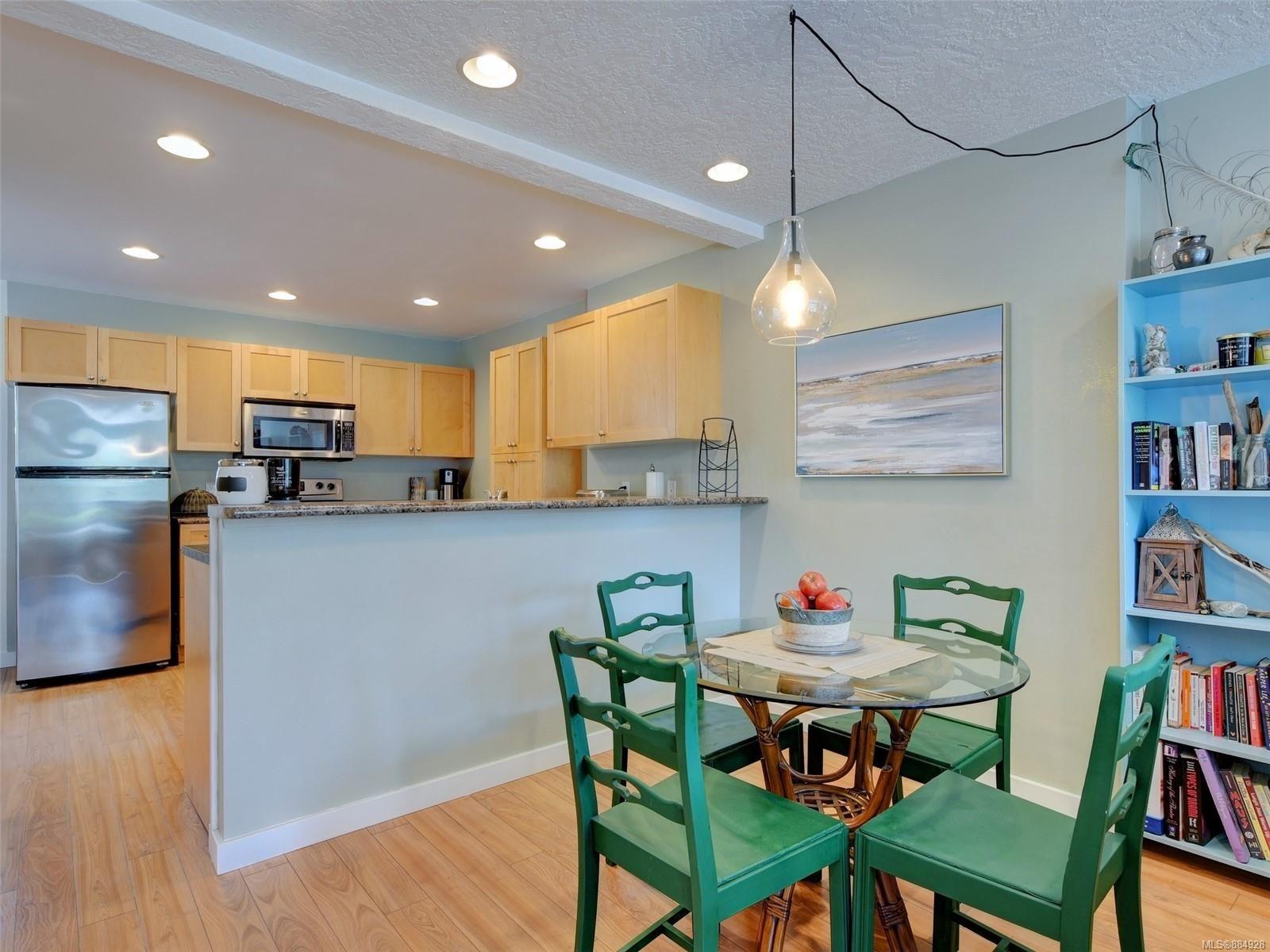 Photo 7: Photos: 6896 Beaton Rd in : Sk Broomhill Half Duplex for sale (Sooke)  : MLS®# 884928