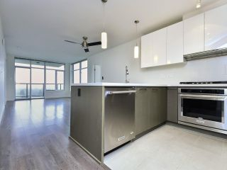 """Photo 5: 2103 3080 LINCOLN Avenue in Coquitlam: North Coquitlam Condo for sale in """"1123 Westwood"""" : MLS®# R2533543"""