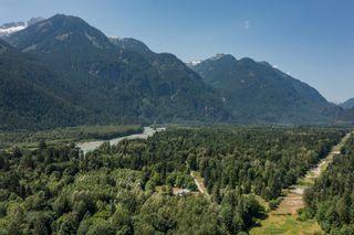 "Photo 3: 146 DOGHAVEN Lane in Squamish: Upper Squamish Land for sale in ""Upper Squamish"" : MLS®# R2602949"