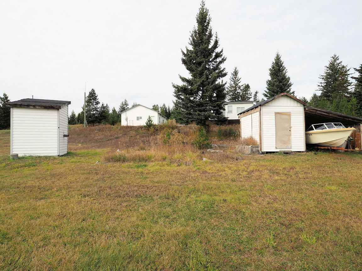 Photo 14: Photos: 6973 INMAN Road in Lone Butte: Lone Butte/Green Lk/Watch Lk House for sale (100 Mile House (Zone 10))  : MLS®# R2409054