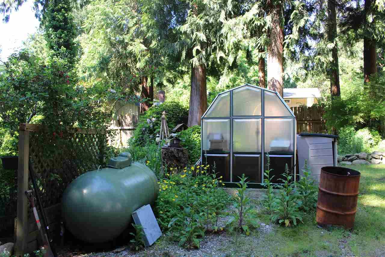 """Photo 19: Photos: 7628 EUREKA Place in Halfmoon Bay: Halfmn Bay Secret Cv Redroofs House for sale in """"WELCOME WOODS"""" (Sunshine Coast)  : MLS®# R2172913"""