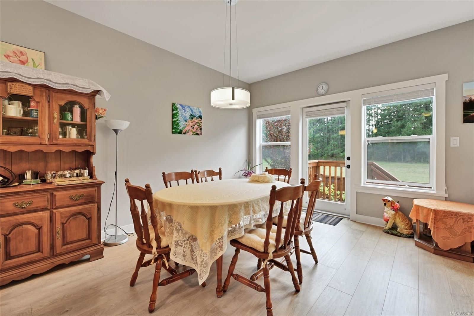 Photo 5: Photos: 1262 McLeod Pl in : La Happy Valley House for sale (Langford)  : MLS®# 858707