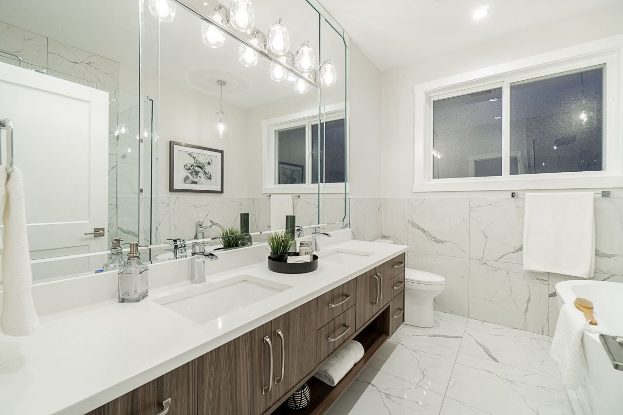Photo 16: Photos: 17189 0A Avenue in Surrey: Pacific Douglas House for sale (South Surrey White Rock)  : MLS®# R2479187