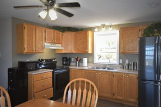 Photo 9: 1780 Meadowvale Road in Harmony: 404-Kings County Residential for sale (Annapolis Valley)  : MLS®# 202125343