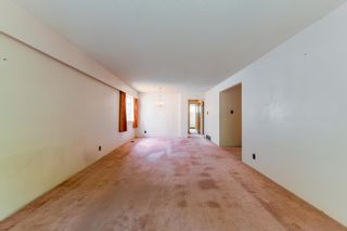 Photo 2: 5050 MANOR Street in Vancouver: Collingwood VE House for sale (Vancouver East)  : MLS®# R2609741