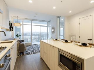 """Photo 2: 903 2311 BETA Avenue in Burnaby: Brentwood Park Condo for sale in """"WATERFALL - LUMINA"""" (Burnaby North)  : MLS®# R2541071"""