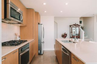 """Photo 14: 1101 301 CAPILANO Road in Port Moody: Port Moody Centre Condo for sale in """"The Residences at Suter Brook"""" : MLS®# R2578604"""