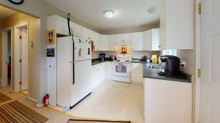 Photo 13: 5853 TURNSTONE Crescent in Sechelt: Sechelt District House for sale (Sunshine Coast)  : MLS®# R2456964