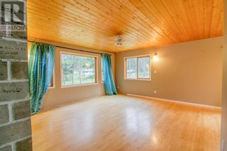 Photo 4: 5353 QUA PLACE in 108 Mile Ranch: House for sale : MLS®# R2602919