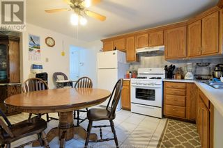 Photo 8: 19 WESTMORELAND in Leamington: House for sale : MLS®# 21019907