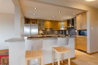 """Photo 17: 202 1490 PENNYFARTHING Drive in Vancouver: False Creek Condo for sale in """"HARBOUR COVE"""" (Vancouver West)  : MLS®# V977927"""