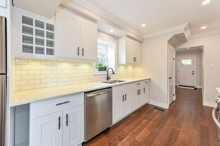 Photo 14: 516 East Queensdale Avenue in Hamilton: House for sale : MLS®# H4055054