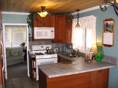 Photo 5: Photos: 707-12th St.: House for sale (Brocklehurst)  : MLS®# 83658