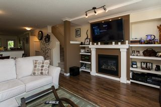 """Photo 4: 20 20350 68 Avenue in Langley: Willoughby Heights Townhouse for sale in """"Sunridge"""" : MLS®# R2068520"""