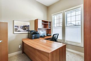 Photo 15: 68 CRESTRIDGE Way SW in Calgary: Crestmont House for sale : MLS®# C4128621