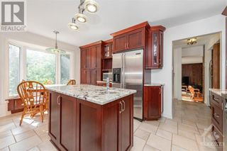 Photo 6: 2586 DWYER HILL ROAD in Ottawa: House for sale : MLS®# 1261336