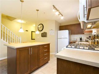 """Photo 4: 313 7000 21ST Avenue in Burnaby: Highgate Townhouse for sale in """"VILLETTA"""" (Burnaby South)  : MLS®# V1026981"""