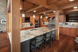 Photo 17: 1563 Mt. Newton Cross Rd in : CS Saanichton House for sale (Central Saanich)  : MLS®# 887789