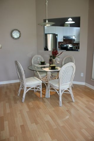 """Photo 6: 411 1199 WESTWOOD Street in Coquitlam: North Coquitlam Condo for sale in """"LAKESIDE TERRACE"""" : MLS®# V842166"""