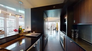 "Photo 10: 1503 283 DAVIE Street in Vancouver: Yaletown Condo for sale in ""Pacific Plaza"" (Vancouver West)  : MLS®# R2542076"