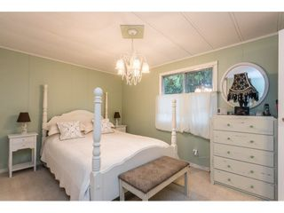 """Photo 17: 280 1840 160 Street in Surrey: King George Corridor Manufactured Home for sale in """"BREAKAWAY BAYS"""" (South Surrey White Rock)  : MLS®# R2517093"""
